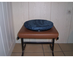 Assise rotative / coussin pivotant.